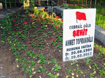 Şehit mezarına çirkin saldırı