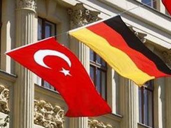 Almanya'daki Türklere müjde