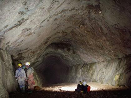 Fransa nın güneyinde yer alan gouffre berger mağarasını uğrak