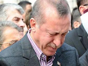 Başbakan Recep Tayyip Erdoğan Ağlarken