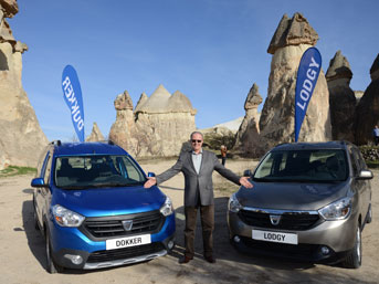 Dacia, piyasaya iki yeni model daha sürüyor
