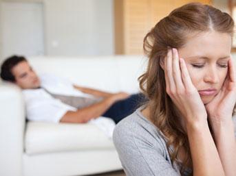 Depresyondaki kişiye nasıl yardım etmeli?