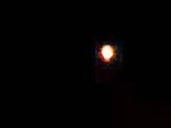 Gökyüzünde görülen ışık paniğe neden oldu