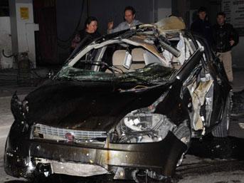 Kafası kopan sürücü hayatını kaybetti