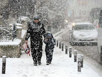 İstanbul'da kar tatili!
