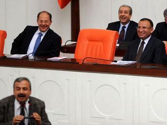 Sırrı Süreyya Önder'den güldüren sözler