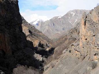 PKK'nın ana sığınağına şafak baskını