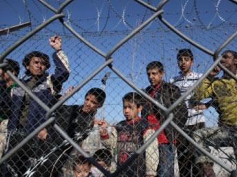 Suriye'den Türkiye'ye büyük kaçış