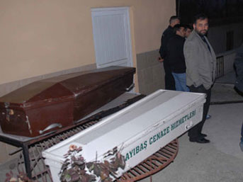 Yaşlı çift sobadan zehirlenerek öldü