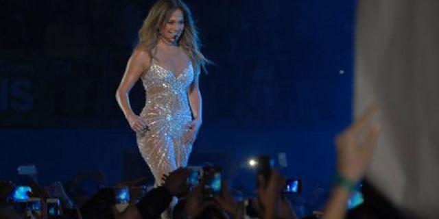 Jennifer Lopez İstanbul Konseri Elbisesi
