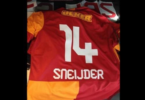 İşte Sneijder'in forma numarası!