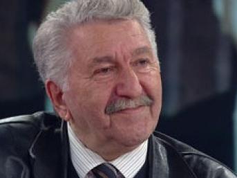 Cengiz özakıncıdan Türkiyenin Siyasi Intiharı Yeni Osmanlı Tuzağı